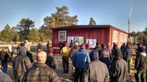 Fire personnel at morning briefing on the Spur Fire